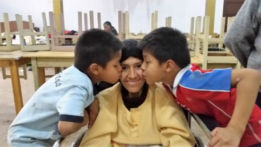 Diana ammalata di tubercolosi e i suoi 2 piccoli Josue Mathias e Richard, luglio 2016
